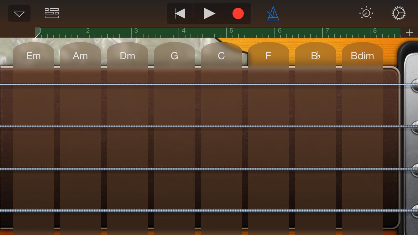 照著和弦按,怎麼彈都是和弦內音~
