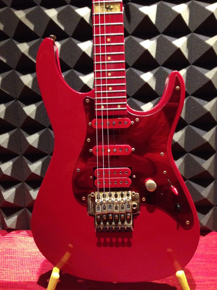 Fernandes L'Arc〜en〜Ciel Ken Guitar