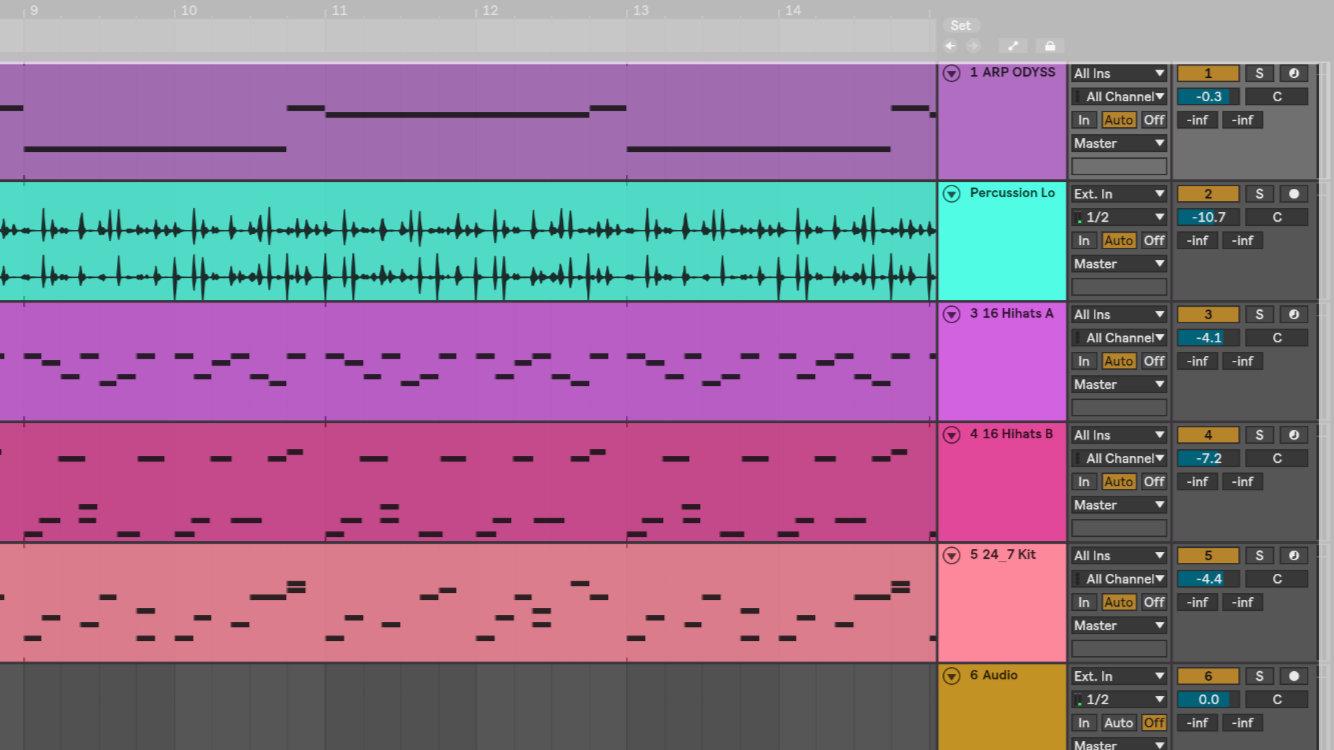 在 Ableton Live 10 編曲視窗中的 Track 畫面。