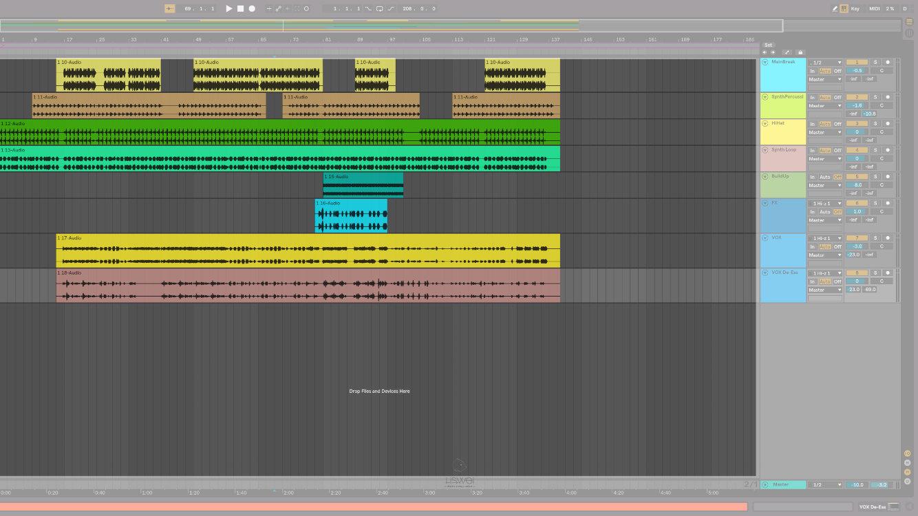 在 Ableton Live 10 中所有被分開的樂句或是片段被稱作 Clip。
