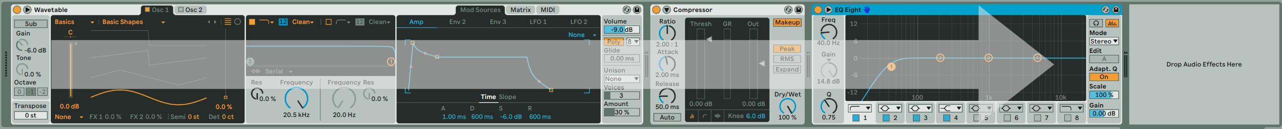 在 Ableton Live 中訊號流動的方式採由左至右的方式流動。